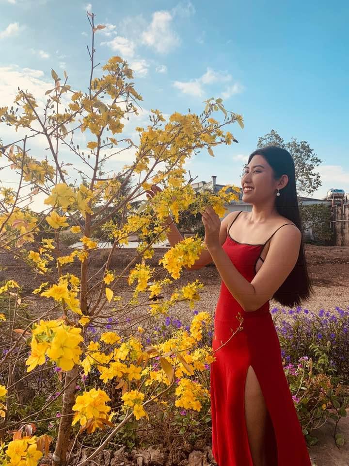 Top 5 Hoa hau Hoan vu Viet Nam - nguoi roi showbiz, nguoi cuoi dai gia hinh anh 15