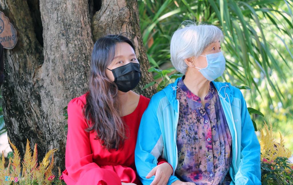 So virus corona, khach Trung Quoc bit khau trang kin mit o Nha Trang hinh anh 4 6_zing.jpg