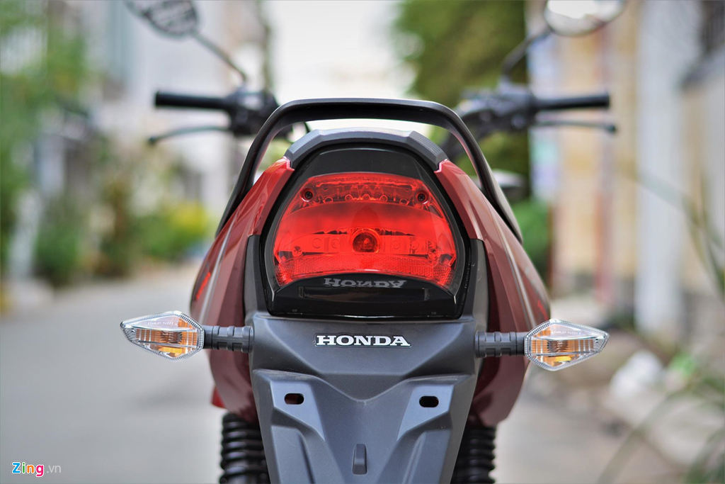 Mot so mau naked-bike 150 cc vua tui tien tai Viet Nam hinh anh 18