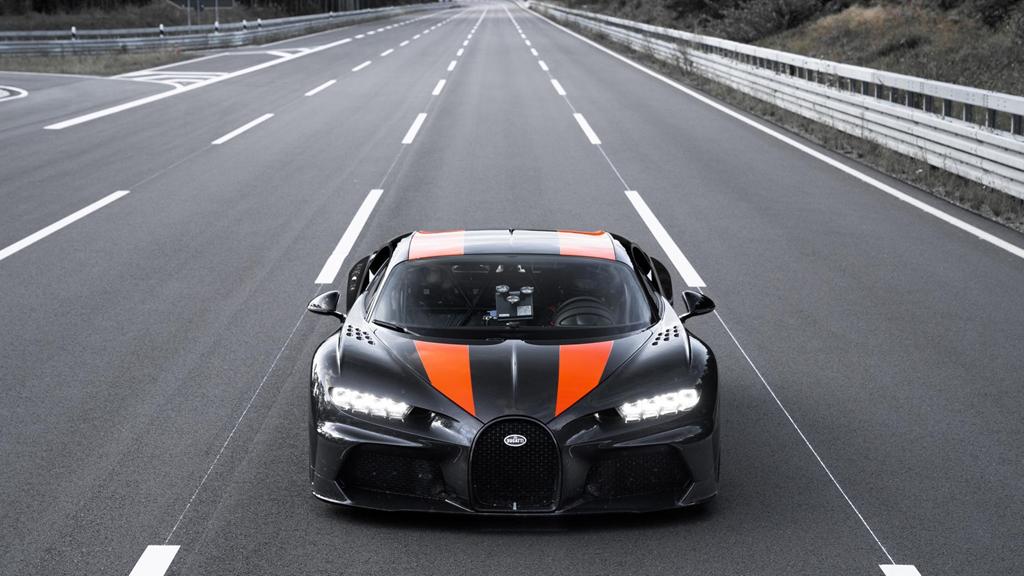 11 su that dien khung ve sieu xe 'quai thu' Bugatti Chiron hinh anh 1