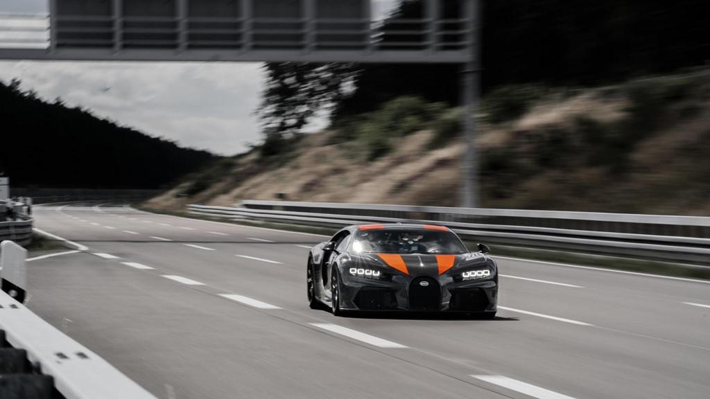 11 su that dien khung ve sieu xe 'quai thu' Bugatti Chiron hinh anh 3
