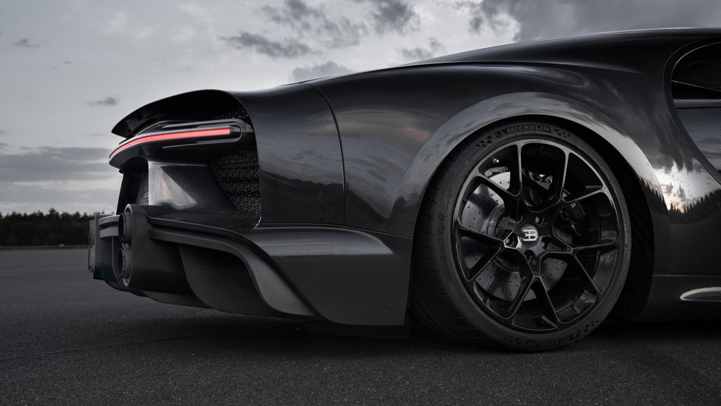 11 su that dien khung ve sieu xe 'quai thu' Bugatti Chiron hinh anh 9