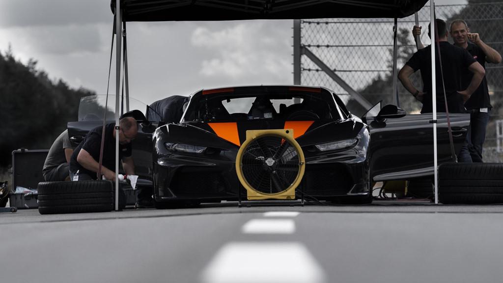 11 su that dien khung ve sieu xe 'quai thu' Bugatti Chiron hinh anh 11