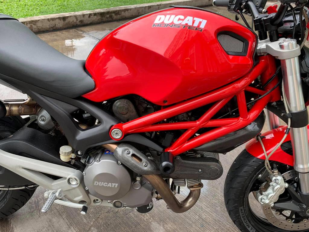 Sau 6 nam, Ducati Monster 795 co gia ban chi hon 130 trieu dong hinh anh 3