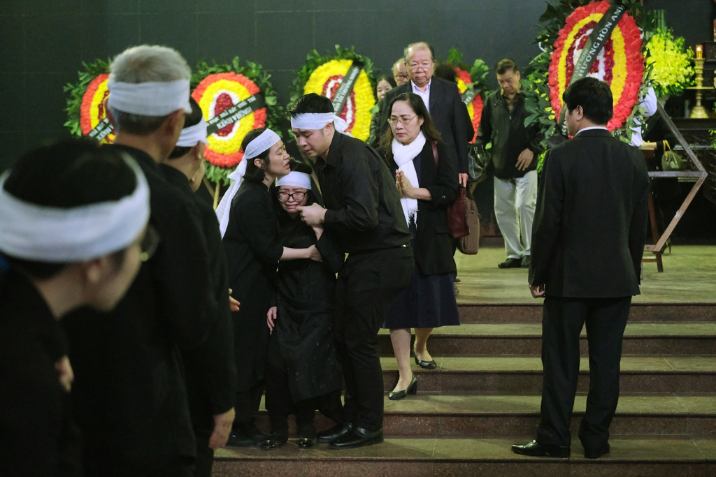 Xuan Bac, Bao Thanh va dong dao nghe si tien dua Truong Nhuan hinh anh 10 XXPT6160.JPG