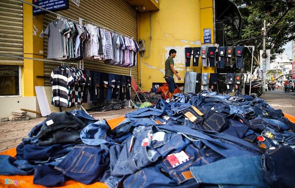 Chuoi cua hang Vien Thong A dong cua dong loat hinh anh 3 VienthongA_zing_5.jpg
