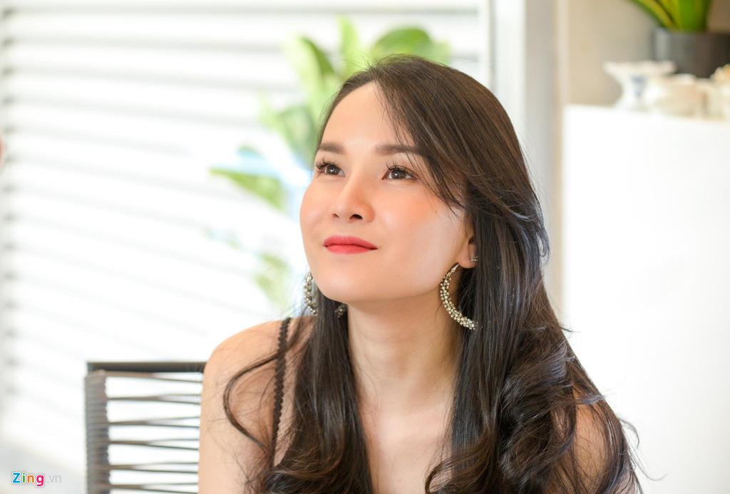 Truong nhom May Trang: 'Ly hon vi cai nhau voi me chong nhu com bua' hinh anh 4