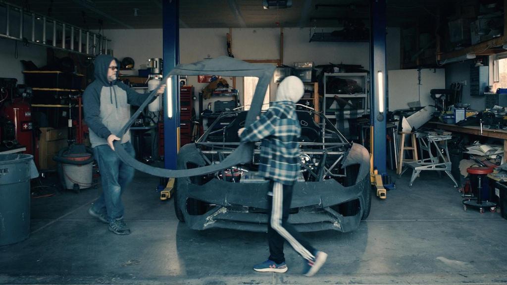 Tu che Lamborghini cho con, ong bo duoc tang sieu xe that hinh anh 1 1.jpg