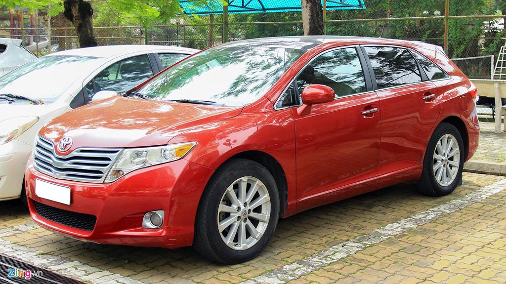 Toyota Venza 10 nam tuoi gia gan 800 trieu dong hinh anh 1