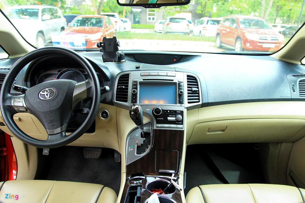 Toyota Venza 10 nam tuoi gia gan 800 trieu dong hinh anh 7