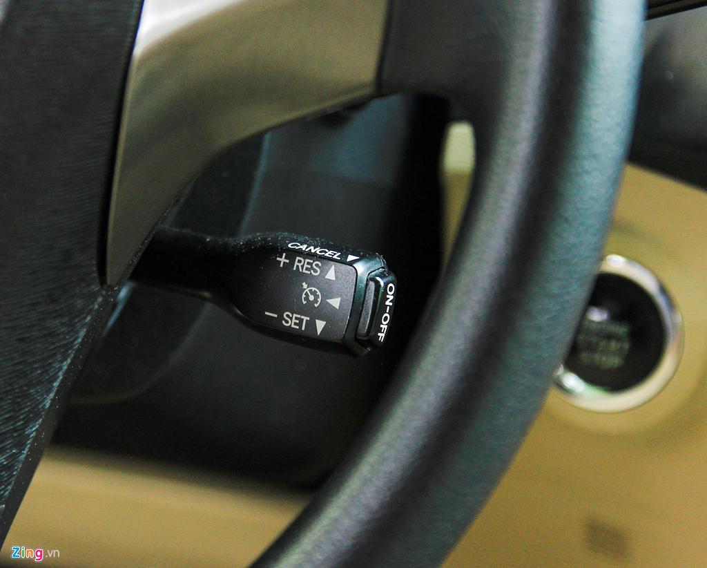 Toyota Venza 10 nam tuoi gia gan 800 trieu dong hinh anh 9