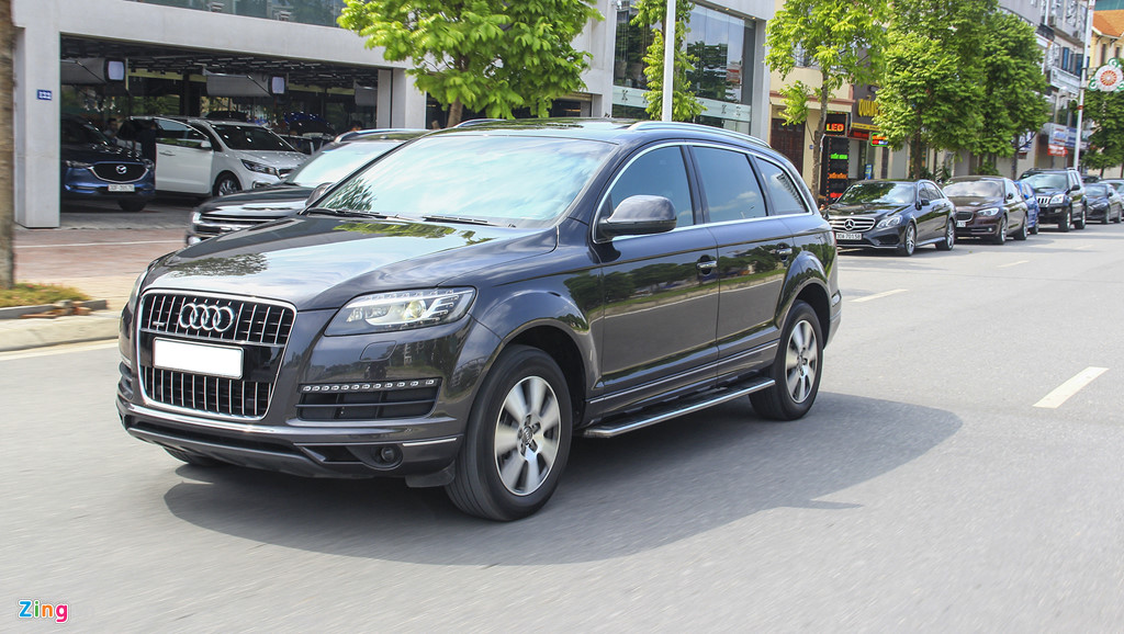 Audi Q7 10 nam tuoi, gia tuong duong Honda CR-V hinh anh 11