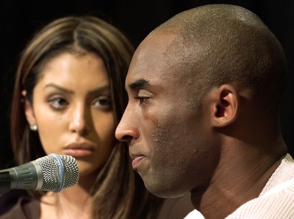 Chuyen tinh 20 nam cua sieu sao Kobe Bryant va nguoi mau vo danh hinh anh 3