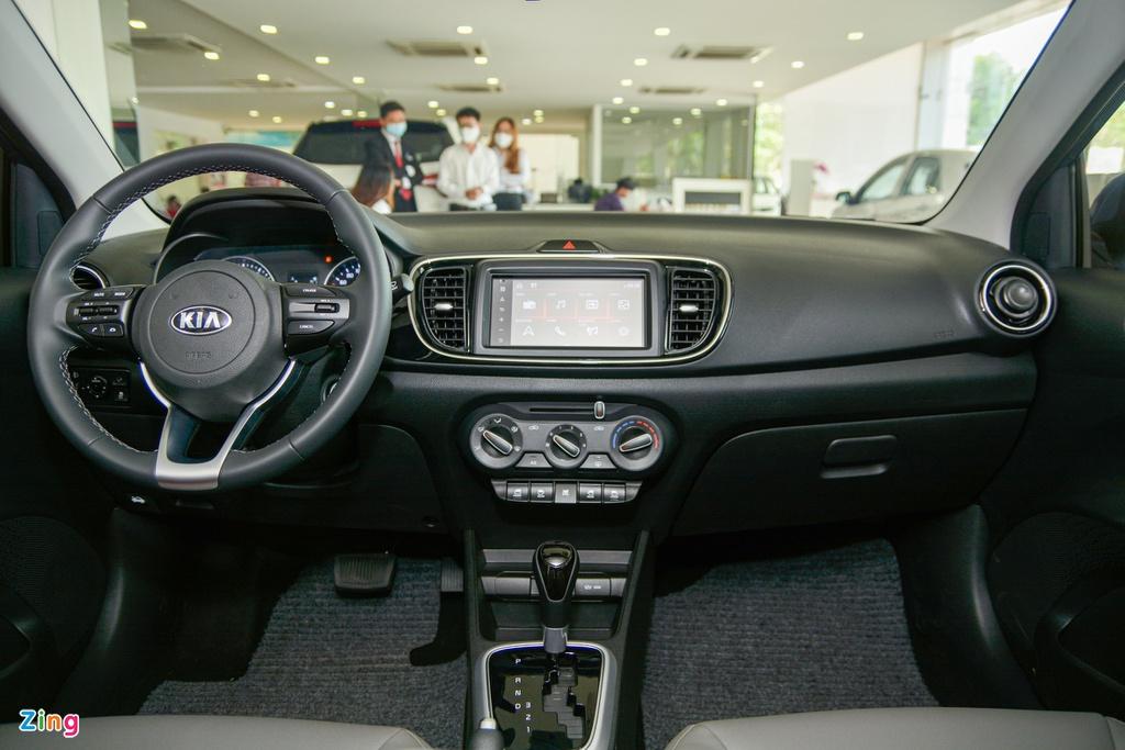 500 trieu dong chon Kia Soluto AT Luxury hay Toyota Vios 1.5E CVT? hinh anh 9 1_SolutoATLuxury_zing_3.jpg