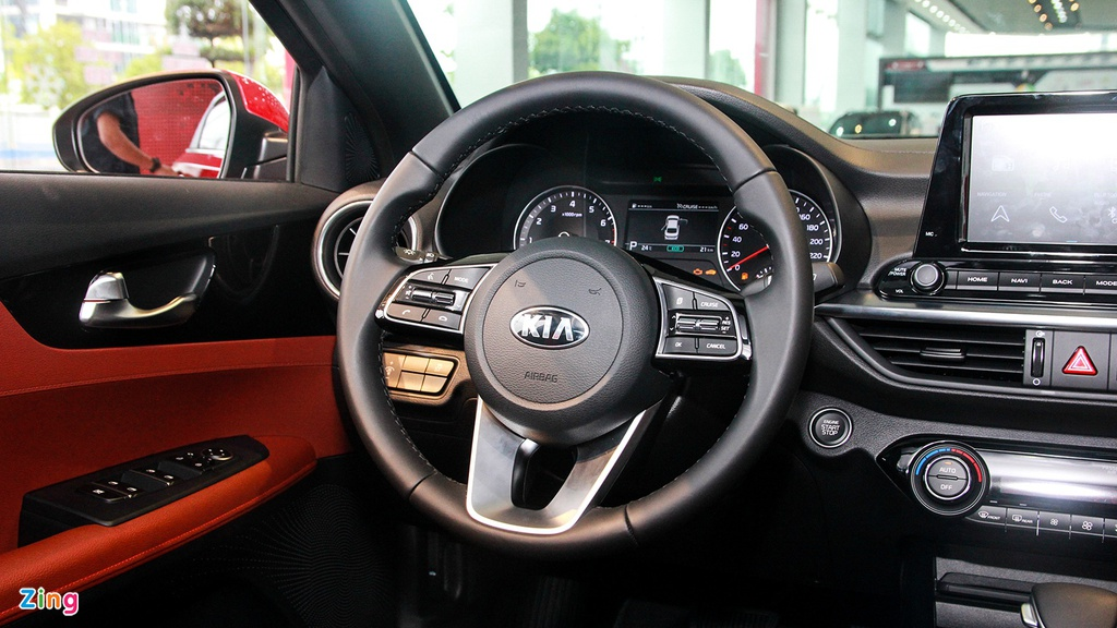 Chon Mazda3 1.5L Deluxe hay Kia Cerato 2.0 Premium voi 700 trieu dong? hinh anh 10 IMG_1597_zing.jpg