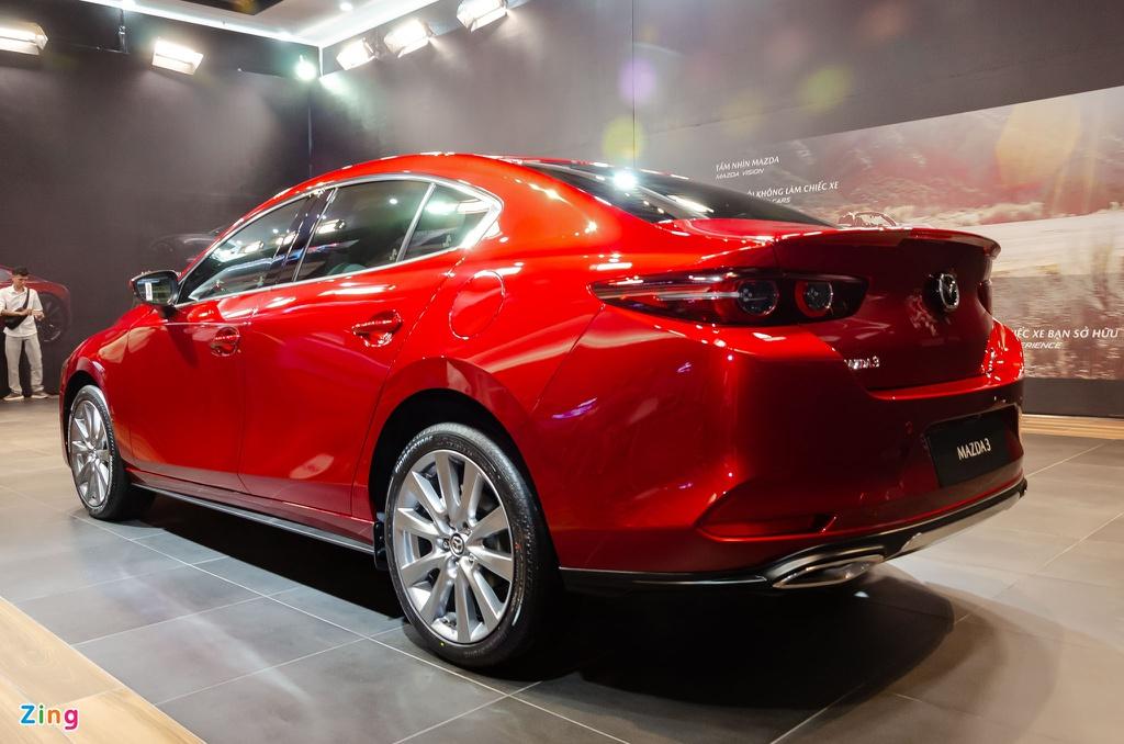 Chon Mazda3 1.5L Deluxe hay Kia Cerato 2.0 Premium voi 700 trieu dong? hinh anh 6 Mazda3_sedan_Zing_4_.jpg
