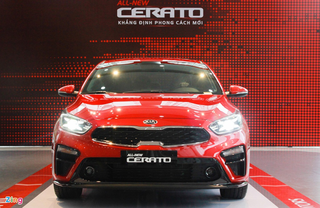 Chon Mazda3 1.5L Deluxe hay Kia Cerato 2.0 Premium voi 700 trieu dong? hinh anh 3 cerato_Zing.jpg
