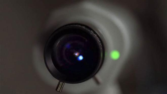 Coi chung camera quay len khi thue tro AirBnB hinh anh 1