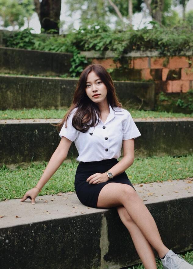 3 bong hong lang bao Thai Lan, co ca ban gai tien dao xu chua Vang hinh anh 2