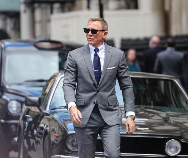 Lo dien loat sieu xe cua diep vien 007 trong 'bom tan' Bond 25 hinh anh 3