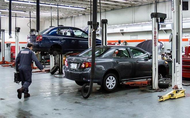 Chu xe Toyota khoc rong vi thieu phu tung thay the hinh anh 2