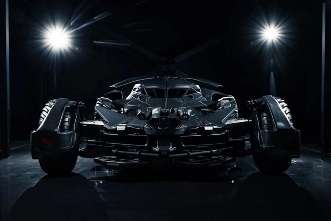 Sieu xe Batman rao ban 850.000 USD hinh anh 2