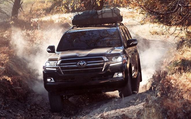 Mua xe gia dinh, chon SUV 8 cho nao? hinh anh 11 Toyota_Land_Cruiser_2020.jpg