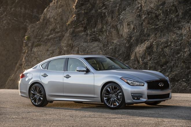 Danh bai Mercedes va Lexus, xe sang BMW ban chay nhat thi truong My hinh anh 4 91acbf0a_2019_infiniti_q70_2.jpg
