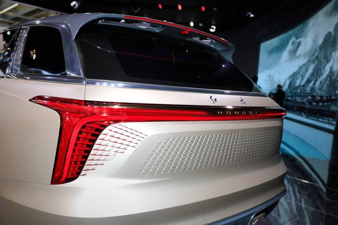 Hang xe Trung Quoc san xuat SUV nhai Rolls Royce hinh anh 8 2815ce9e_hongqi_e115_concept_at_2019_frankfurt_motor_show_6.jpg