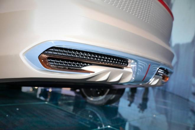 Hang xe Trung Quoc san xuat SUV nhai Rolls Royce hinh anh 13 a94e57f0_hongqi_e115_concept_at_2019_frankfurt_motor_show_7.jpg