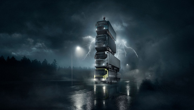 Volvo chong 4 xe tai len nhau chay tren duong hinh anh 2 Volvo_Trucks_launch_film_5.jpg