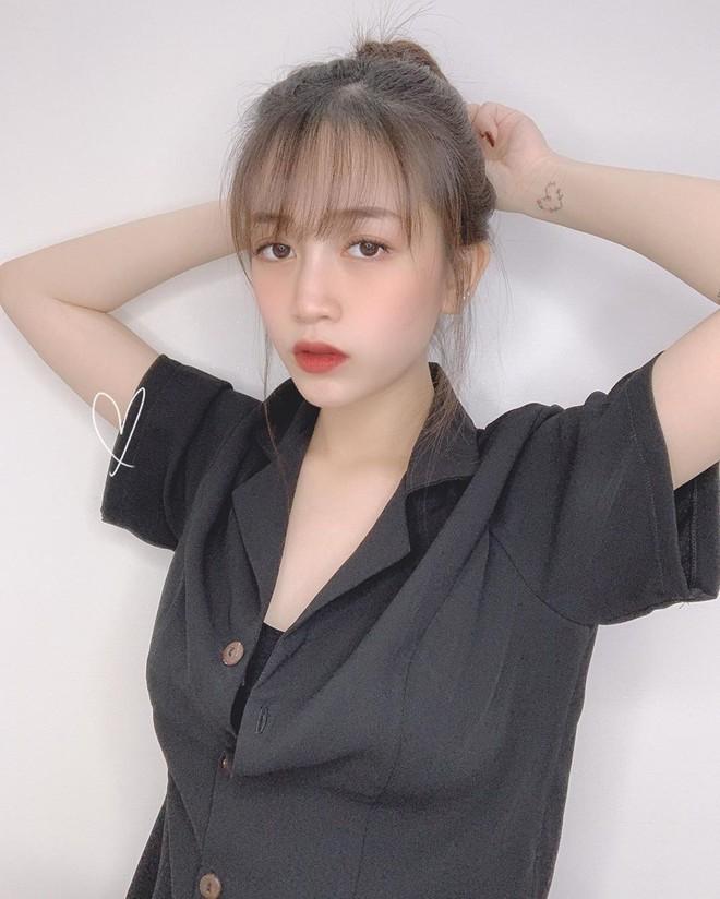 Con gai Minh Nhua khoe bung bau, hot girl 17 tuoi to chuc an hoi hinh anh 8