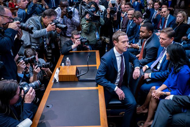 Di dau cung de tieng xau, Mark Zuckerberg that su nen nghi huu hinh anh 1