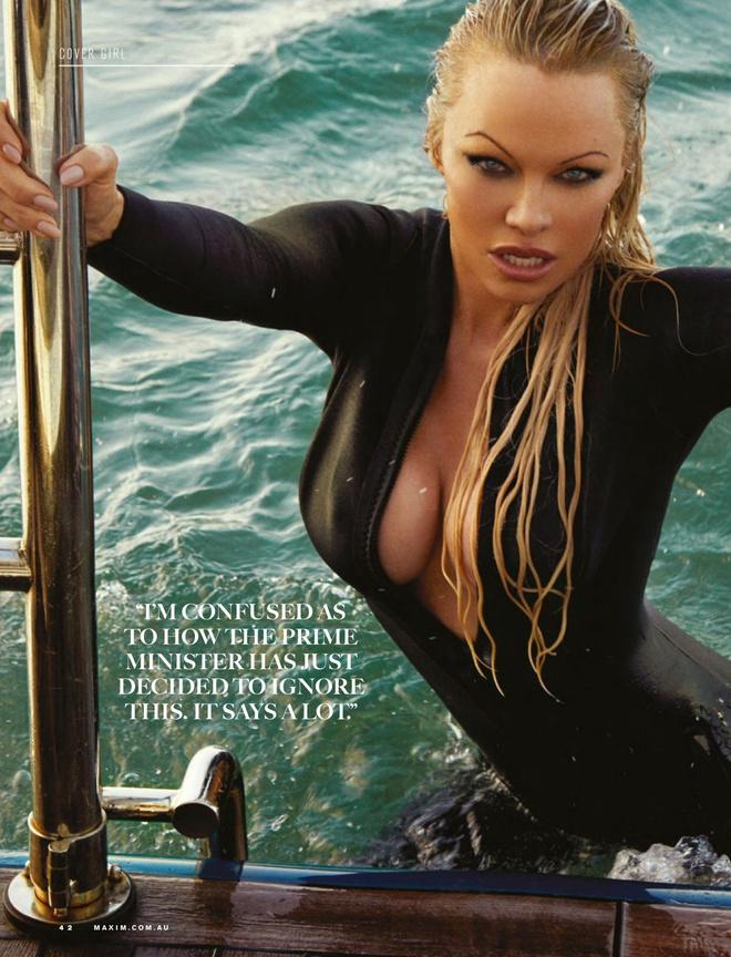 'Bom sex' Pamela Anderson khoe duong cong boc lua o tuoi 53 hinh anh 6 pamela3.jpg
