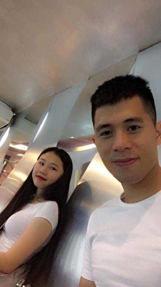 Ban gai Dinh Trong, Van Toan va nhung nang WAGs Viet song kin tieng hinh anh 3