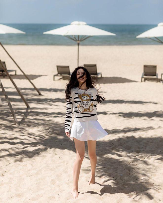 Quynh Anh Shyn, Chi Pu ru nhau mac bikini, Chau Bui dien toan do hieu hinh anh 8
