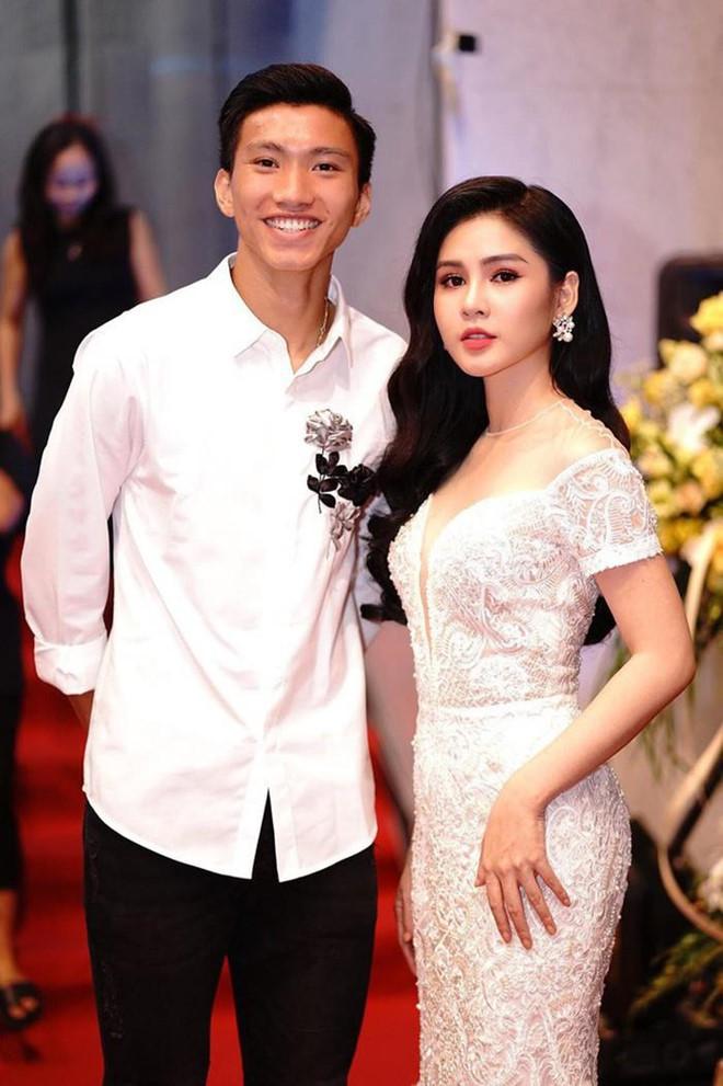 Cac hot girl, streamer than thiet voi cau thu doi tuyen Viet Nam hinh anh 4