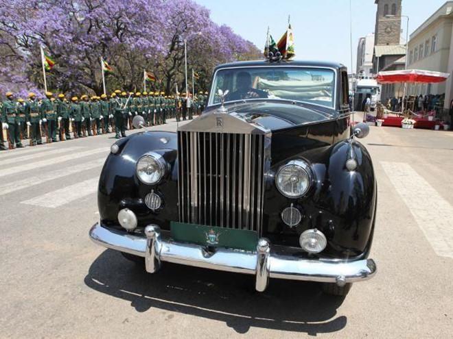 Cuu Tong thong Zimbabwe Robert Mugabe giau co co nao? hinh anh 7