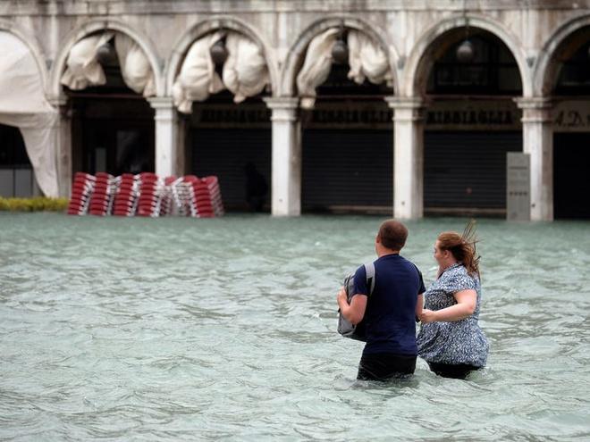 Bo mat xau xi cua Venice khi bi tan pha boi du lich hinh anh 11 5c113ffc7e912e33206e6ecb.jpg