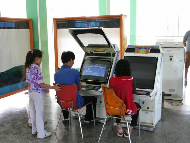 Bi han che may tinh, Internet, nguoi dan Trieu Tien choi game gi? hinh anh 1