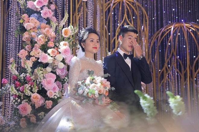 Duc Chinh, Van Thanh khoe anh ngot ngao ben ban gai trong Valentine hinh anh 1 duymanh2909_84645709_193593261699538_2573052779383097866_n.jpg