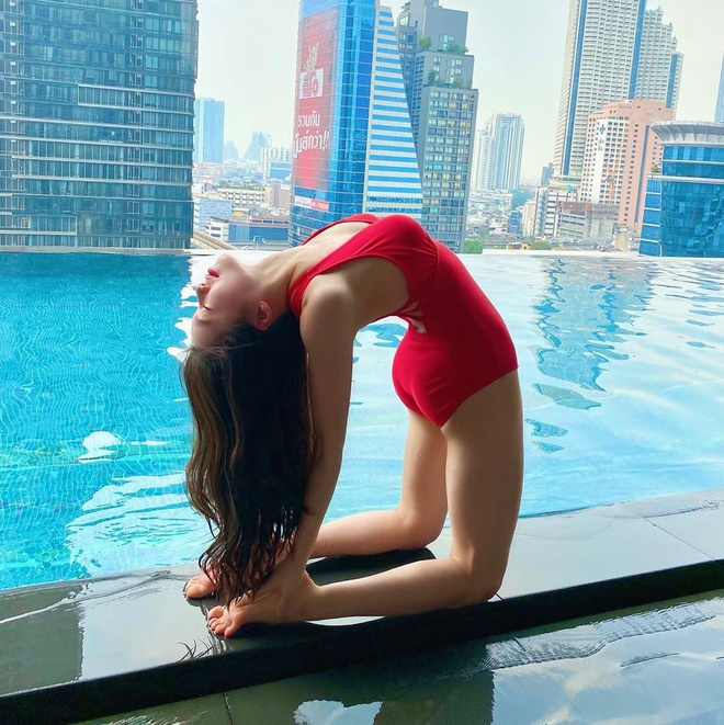 3 co giao day yoga duoc menh danh 'nguoi dep khong xuong' hinh anh 3 q64.jpg