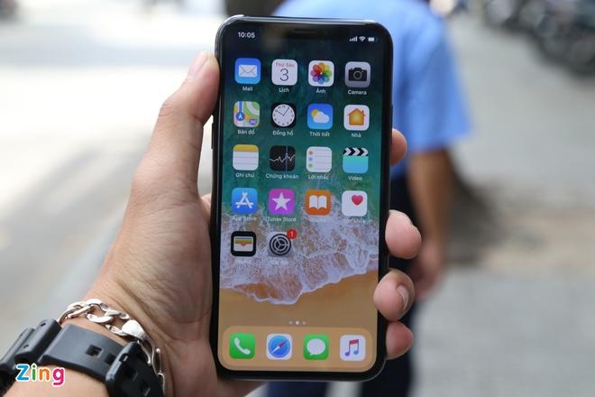 iPhone X qua su dung giam gia anh 2