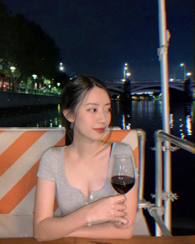 Nhan sac nong bong cua ban gai Rocker Nguyen hinh anh 10