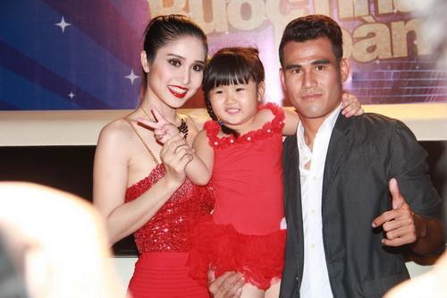 Thao Trang 'Tieng set trong mua' tu ve chan chat den gu mac nong bong hinh anh 9