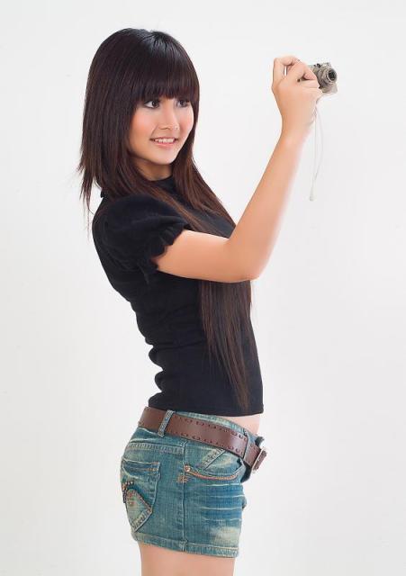 Thao Trang 'Tieng set trong mua' tu ve chan chat den gu mac nong bong hinh anh 1