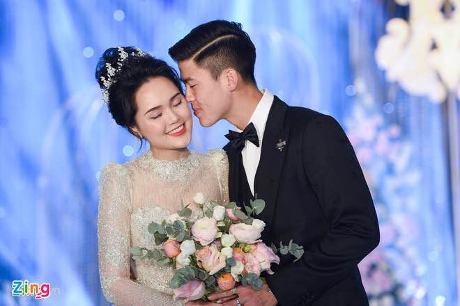 Duy Manh khoe con trai anh 4