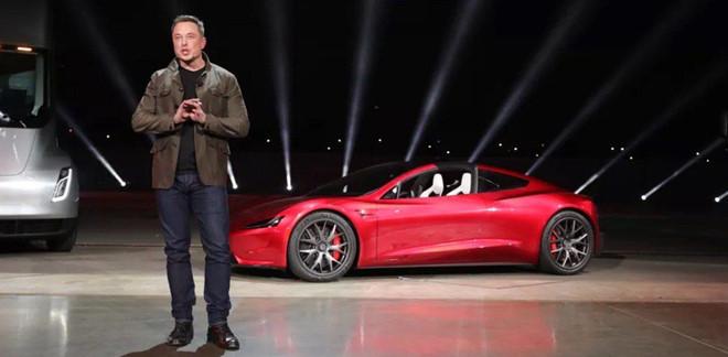Co 20 ty USD, 'vua xe dien' Elon Musk di xe gi? hinh anh 1
