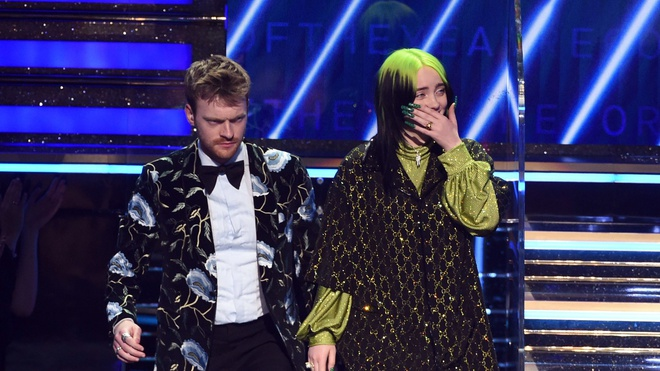 Billie Eilish la nghe si tre nhat dat cu an 4 trong lich su Grammy hinh anh 3 GettyImages_1202188709.jpg