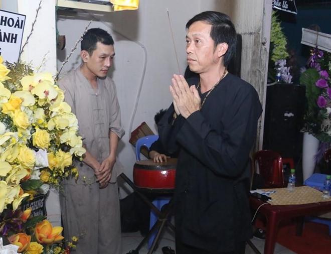 Thanh Giao la ai ma Hoai Linh, Minh Nhi va dan sao Viet tiec thuong? hinh anh 2